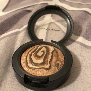 MAC Cosmetics Mineralized Eyeshadow in Earthly